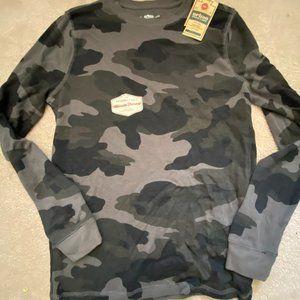 NWT Camo long sleeve shirt